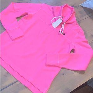 NWT vineyard vines Malibu pink sweatshirt size xxs